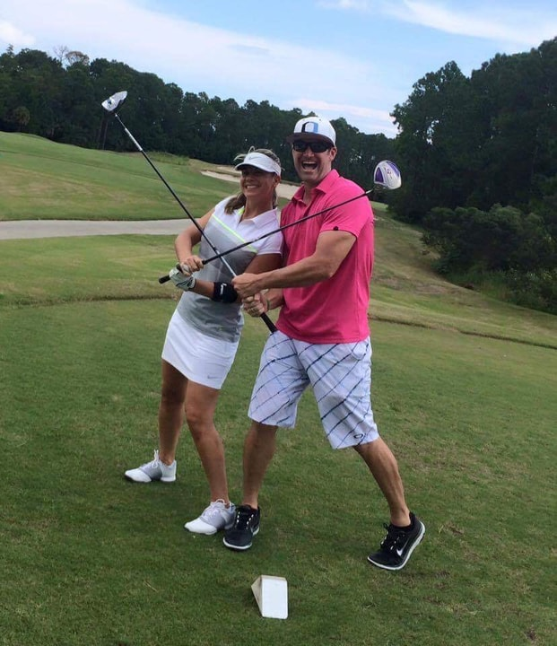 Co-ed golf league
